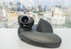Telefone do IP com a câmera no escritório para a conferência regional de VDO imagens de stock royalty free
