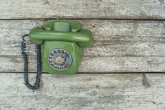 Telefone verde velho imagem de stock