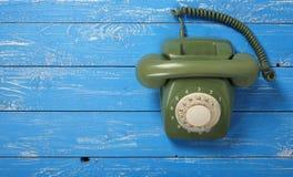 Telefoni d'annata - retro telefono verde Fotografia Stock