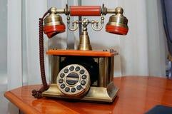 Telefoni l'oggetto d'antiquariato Immagini Stock Libere da Diritti