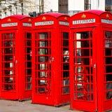 telefoni nell'icona britannica classica della scatola obsoleta dell'Inghilterra Londra Fotografia Stock Libera da Diritti