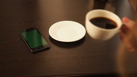 Telefonkaffee-Café Latte stock video