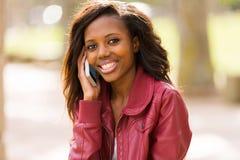 Telefono africano della ragazza Immagine Stock Libera da Diritti