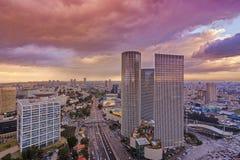 Telefono Aviv Skyline al tramonto Immagine Stock Libera da Diritti