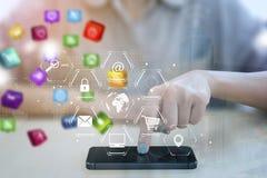 Telefono cellulare del punto di affari con l'interfaccia delle icone dell'applicazione Fotografia Stock Libera da Diritti