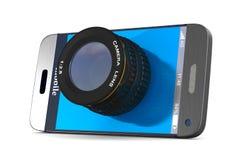 Telefono con la lente su fondo bianco 3D isolato Fotografie Stock