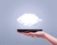 Telefono della tenuta della mano con la nuvola vuota Immagini Stock Libere da Diritti
