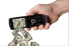 Telefono delle cellule di holding dell'uomo Immagine Stock Libera da Diritti