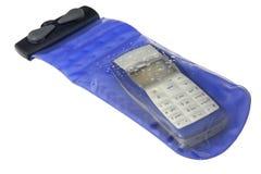 Telefono delle cellule nel caso impermeabile Fotografia Stock