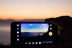 Telefono di fotografia di Smartphone immagine stock