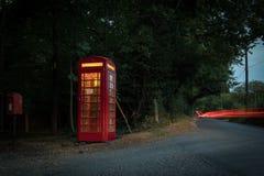 Telefonzelle am Abend Lizenzfreies Stockbild