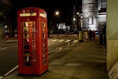 Telefonzelle in London Lizenzfreie Stockfotos
