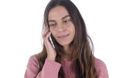 Telefoonbespreking, Jong Latijns Meisje die Vraag Witte Achtergrond beantwoorden stock footage