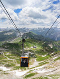 Teleférico de Nebelhorn en las montañas de Allgau Imagen de archivo