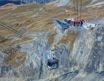 Teleférico de Rotair en el Mt Titlis en Suiza Imagen de archivo libre de regalías