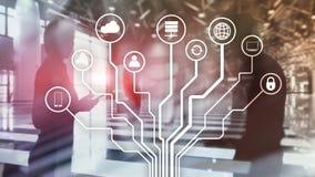 Telekommunikation und IOT-Konzept auf unscharfem Geschäftszentrumhintergrund lizenzfreies stockfoto