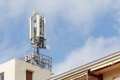 Telekommunikation und Mobilantennen lizenzfreies stockfoto