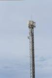 Telekommunikationsantenne stockbild