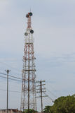 Telekommunikationsantenne lizenzfreie stockfotos
