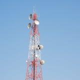 Telekomunikacja maszt zdjęcie stock