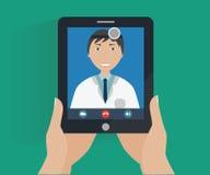 Telemedicinebegrepp - online-doktorskonsultation Royaltyfri Bild
