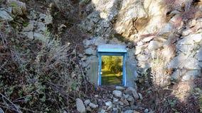 Teleporting ворот к другому месту стоковая фотография rf