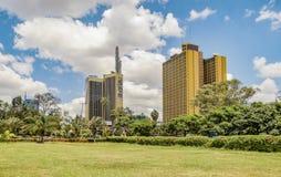 Teleposta står högt i den Nairobi staden, Kenya Royaltyfri Foto