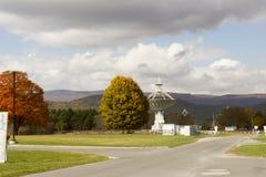 Telescópio, obervatório nacional da astronomia de rádio do banco verde, WV foto de stock