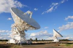 Telescópios de rádio imagem de stock
