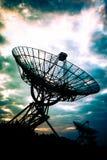 Telescópios de rádio em Westerbork, os Países Baixos imagens de stock royalty free