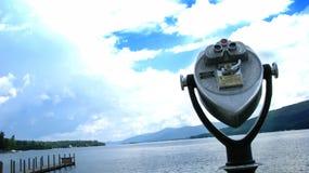 Telescoop bij het meer Stock Foto