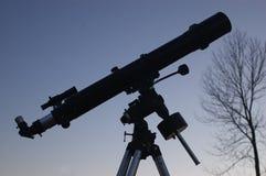 Telescoop bij Schemer Stock Afbeeldingen