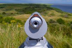 Telescoop dichtbij oever stock afbeelding