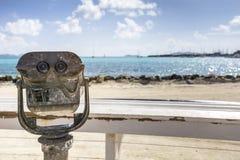 Telescopio de fichas para hacer turismo fotografía de archivo libre de regalías