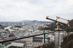Telescopio pubblico per la scena urbana fotografia stock