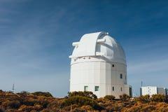 Telescopios astronómicos del observatorio de Teide en Tenerife foto de archivo libre de regalías