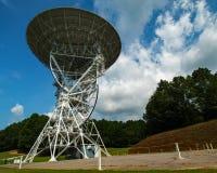 Telescopios de radio de PARI en verano fotografía de archivo