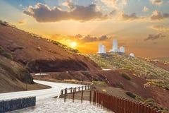 Telescopios del observatorio astronómico de Izana en Tenerife fotos de archivo libres de regalías