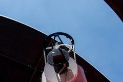 Teleskop auf dem Observatorium lizenzfreie stockfotos