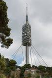 Teletower op de berg van Tibidabo in Barcelona, Spanje stock afbeelding
