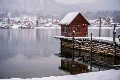 Teletskoye湖在冬天 免版税库存照片