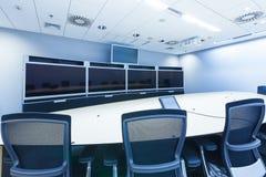 Televergaderen, videoconferentie en telepresence zaken mee Stock Foto's