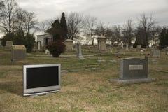 Televisão no cemitério. foto de stock royalty free