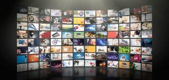 Televisão que flui o vídeo Tevê dos meios por encomenda fotografia de stock royalty free