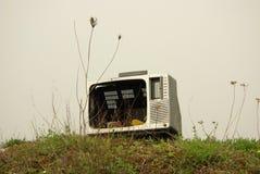 Televisión vieja quebrada Foto de archivo libre de regalías