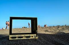 Televisie op het Zandstrand royalty-vrije stock foto's