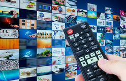 Televisie-uitzending de abstracte samenstelling van verschillende media Stock Foto's
