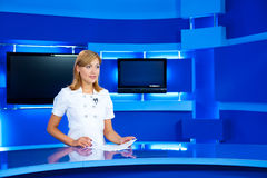Television newscaster at TV studio Royalty Free Stock Photography