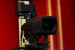 Televisionkamera i TVstudio fotografering för bildbyråer