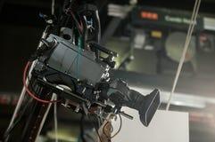 Televisionkamera på kranen Arkivbild